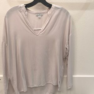James Perse V neck long sleeve top Size 0/XS